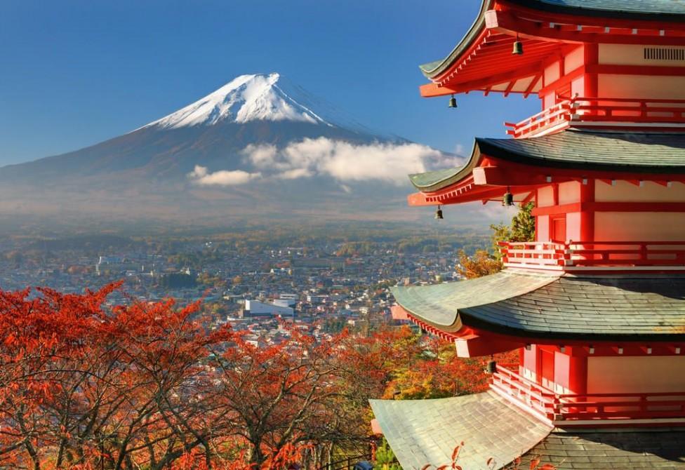 Japon et ses environs : le village pittoresque d'Ogimachi à Shirakawa-go